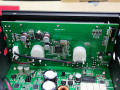 24W×2チャンネル出力/リモコン操作可能なD級アンプ! サイズ「鎌ベイアンプ PRO」登場