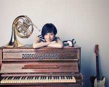坂本真綾、8thアルバムの先行試聴会を3月9日に開催! Twitterなどで紹介してくれるファン300人を招待