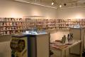 ペーパートイ「グラフィグ」、初の展示会を開催! 200点以上の歴代アイテム展示やコラボ/オリジナルグッズ販売