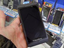"""新OS""""BlackBerry 10""""搭載のキーボードレススマホ「BlackBerry Z10」が登場!"""