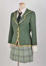 僕は友達が少ないNEXT、「聖クロニカ学園高等部 女子制服」がコスパから! 羽瀬川小鳩と楠幸村のコスチュームも