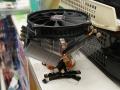 サイズ定番のトップフローCPUクーラーに新型が登場! 「グランド鎌クロス2」来週発売