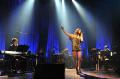 May'n、初のアコースティックツアーでも数々の名曲アニソンを披露! 7月24日には「ブラッドラッド」OP曲をリリース
