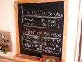 ラーメン居酒屋「ヌードル+ワインバル食堂 nico(ニコ)」がオープン! 夜はピザやパスタも提供、ワイン飲み放題は60分800円