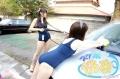 スクール水着を着用した女性スタッフが洗車! 「スク水洗車」、秋葉原で7月25日から開催