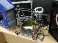 約7万円の格安3Dプリンタの予約受付が開始! 店頭ではサンプル機がデモ中
