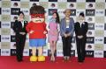アニメ映画「鷹の爪GO 美しきエリエール消臭プラス」、東京→福岡の航空機内で最速試写会を実施! 羽田空港では出発式も