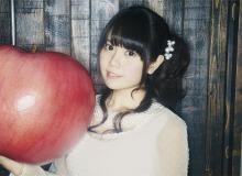 竹達彩奈、4thシングル「週末シンデレラ」を12月4日にリリース! 「コーラスを1人で4役くらいやりました(笑)」