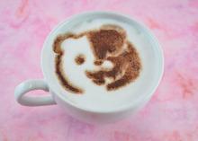 アニメイトカフェ、11月1日から「ダンガンロンパ」カフェを実施! 注文特典はコースター全16種とクリアブックマーク全8種