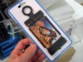 セクシーなスマホ向けビキニ型モバイルホルダーが上海問屋から!