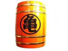 「ドラゴンボール」、道着の流派マーク「悟」「亀」「魔」を彫刻した木製の樽型ジョッキが登場! 国産杉使用で100%金属不使用