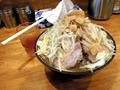 二郎系ラーメン「盛太郎」、神田駅前にオープン! 26時まで営業、無料トッピングはヤサイニンニクアブラカラメタマネギ