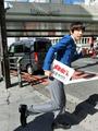秋アニメ「おそ松さん」、都内で6つ子捜索キャンペーンを実施! 6つ子たちが「一」から「六」のつく駅に逃亡