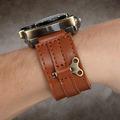 【アキバこぼれ話】真空管風ライト搭載のアナログ腕時計「Tesla Watch」が販売中
