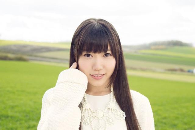 相坂優歌、ソロデビュー! やさしさあふれる「透明な夜空」で、ハイクオリティなボーカルを披露