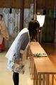 不幸少女アニメ「あんハピ♪」、東京大神宮でヒット祈願を実施! 花守ゆみりが引いた「華みくじ」の結果は…