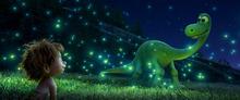 ディズニー/ピクサー最新作「アーロと少年」、本編映像が解禁に! 母親役・安田成美の声も