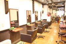 秋葉原にある美容室「fuwat(フワット)」、美容室「Axis(アクシズ)」を統合! 今後はスタッフ共有で混雑緩和