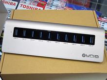 スタイリッシュな10ポートUSB 3.0ハブ「UM3H10SB」がユニークから!