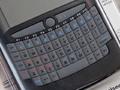 キーボード搭載スマホ風デザインのUSBキーボード「Mini Handheld Keyboard and Mouse Touchpad」が販売中